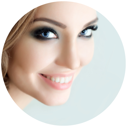 woman smiling with eyelash extension